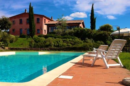 Affascinante Casa Vacanze in stile - San Miniato - วิลล่า
