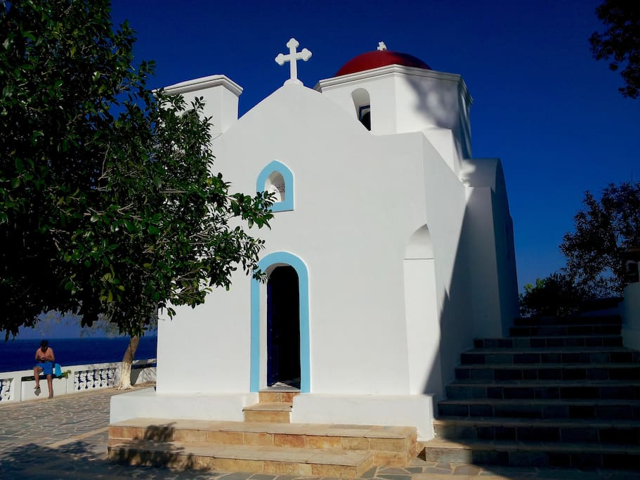 Photographed: Kira Panagia church. Less than 50 meters from the house.