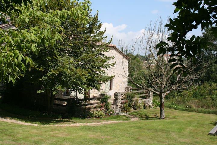 Gite du Petit Loubes - Loubès-Bernac - 단독주택