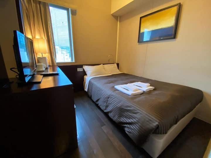 The OneFive Tokyo Kanda / Small Double Room