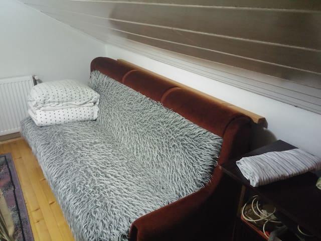 Small room in house - Srebrenik - Casa