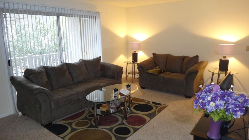 Cozy, Centrally Located Atlanta Apt