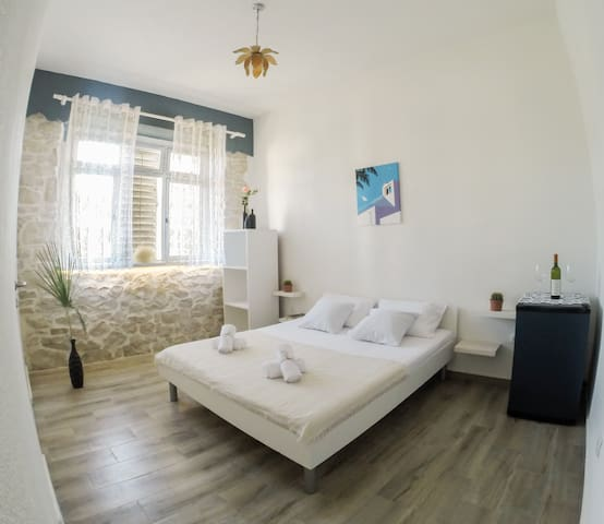 Le Coq Apartments in the Heart of Ulcinj, Room 1