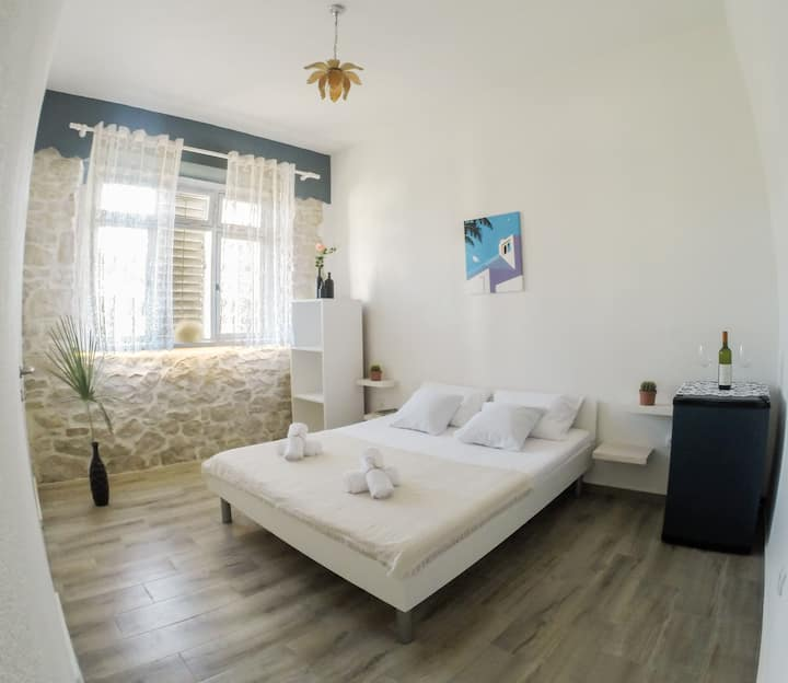 Le Coq Apartments in the Heart of Ulcinj, Room 1