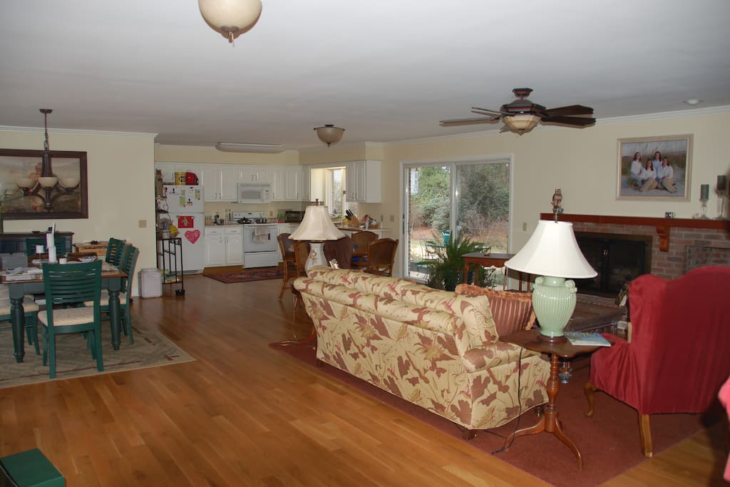 Looking toward the dining area, living room and kitchen