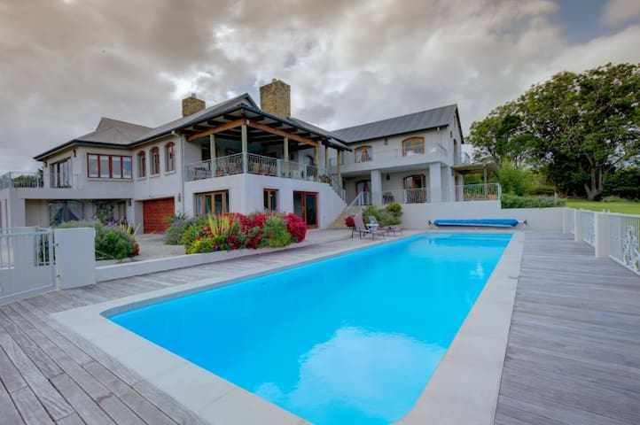 Garden Route Manor House