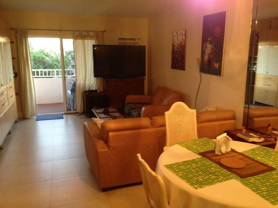 dinning/ living room