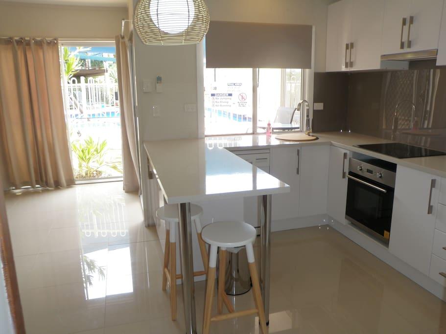 New stylish kitchen installed Dec 2015
