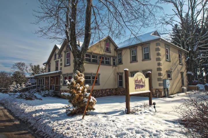 Woodfield Manor in the Poconos - Cresco - Other