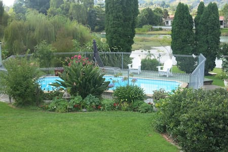 Rooms down by the river side - Gisborne