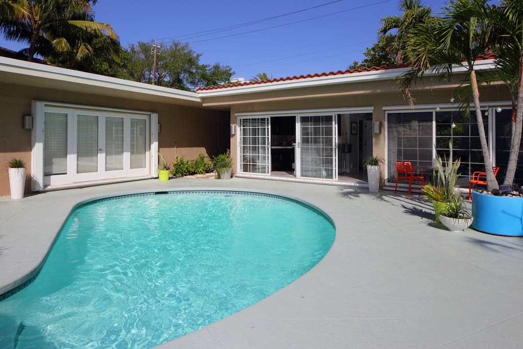 Luxury Poolhouse Close To Beach Apartments For Rent In Fort Lauderdale Florida United States
