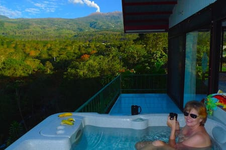 Privacy, paradise, panoramic views. - Turrialba - Kabin