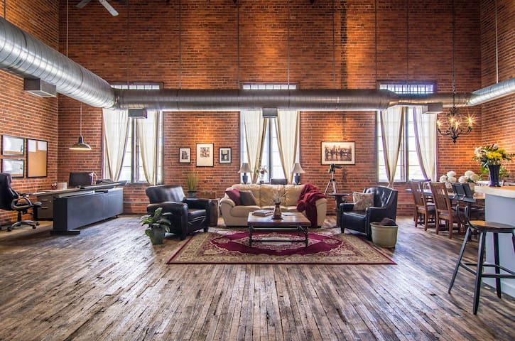 The Forty-O-Five Loft in Ohio City