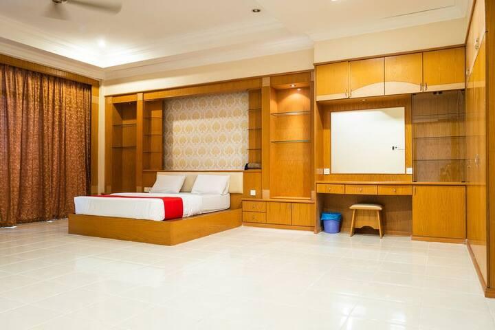 MK homestay Wakaf Che Yeh with bathtub