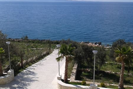 Apartment with sea view at White Residence - Sarandë