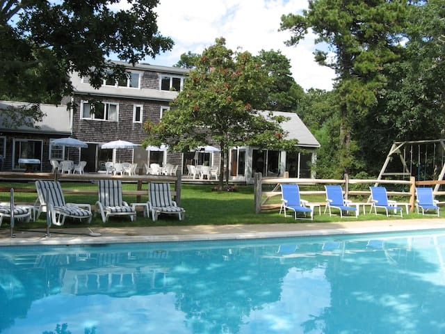 Ideal For Extended Families, w/ Pool, Tennis Court