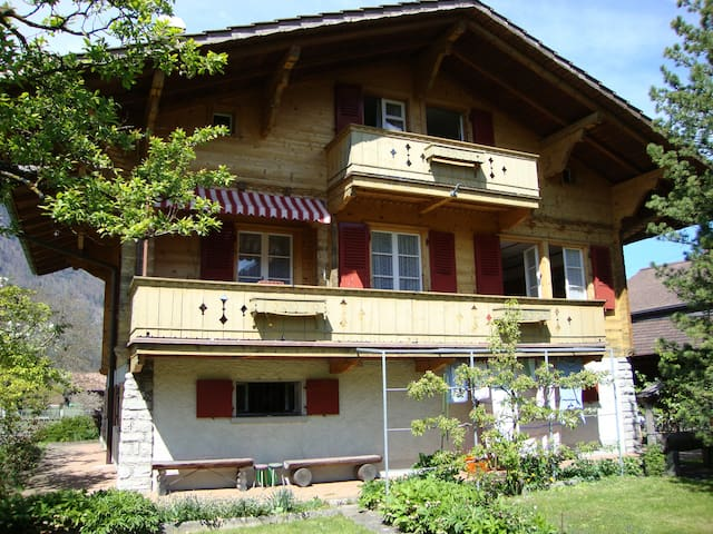 Chalet Schwalmeren - Matten bei Interlaken - Casa