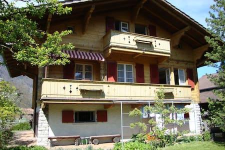 Chalet Schwalmeren - Matten bei Interlaken - Rumah