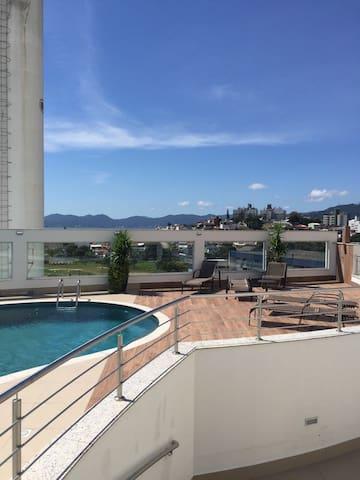 Quarto em Apartamento novo completo - Florianópolis - Apartamento