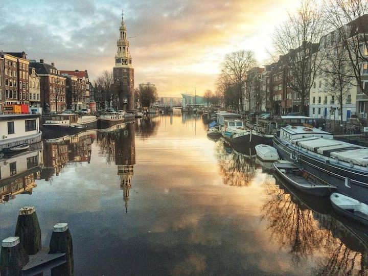 Luxury Houseboat Amsterdam C.