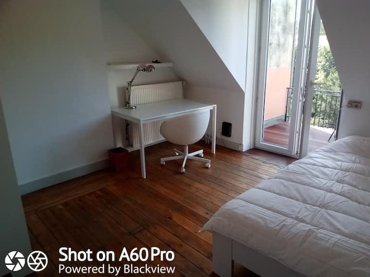 chambre + terrasse belle maison bxl