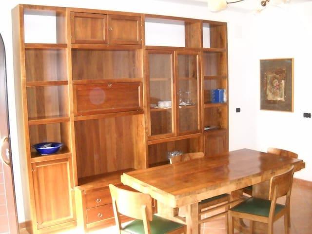 Appartamento panoramico 2 - Montepagano - Daire