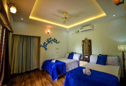 Amritham Holidays - Entire ground floor
