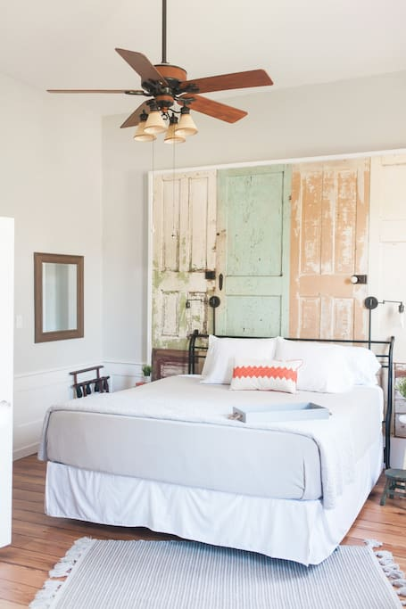 Large bedroom with 15 foot ceilings!