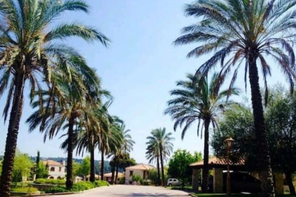Elani villas entrance