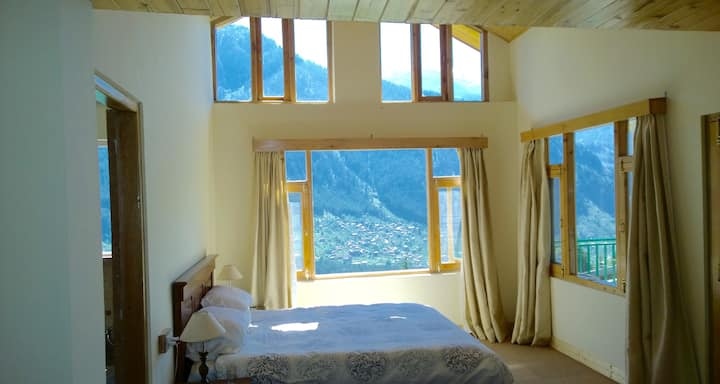 Mountain views from every room, stylish apartment