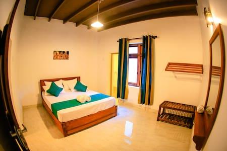 Kandy Spice Villa