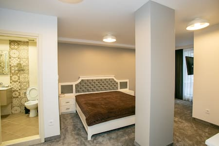 B & D Apartment's Delux 4 на Топ Център в Ловеч