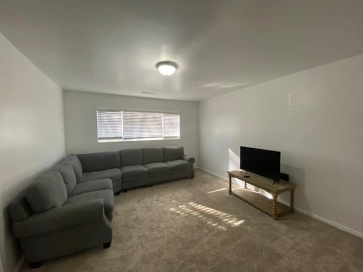 3 bedroom condo - walking distance to Dixie State