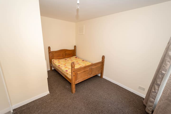 Room in apartment in Dunfermline