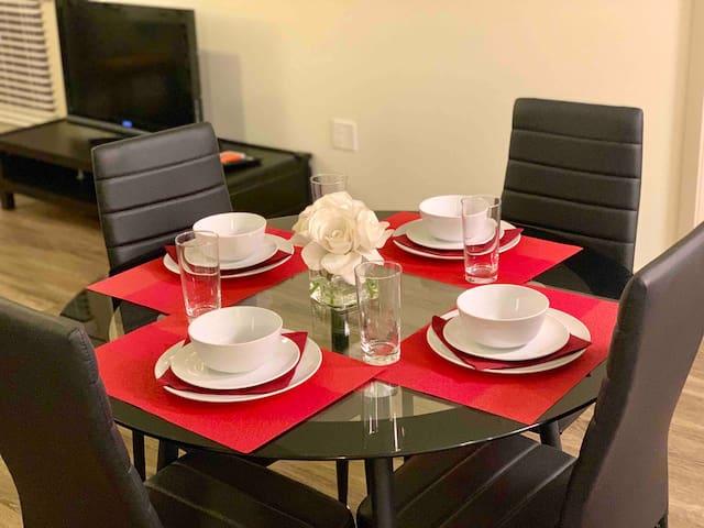 2B2B HUGE Discount! Irvine Upscale Luxury Home- 中文