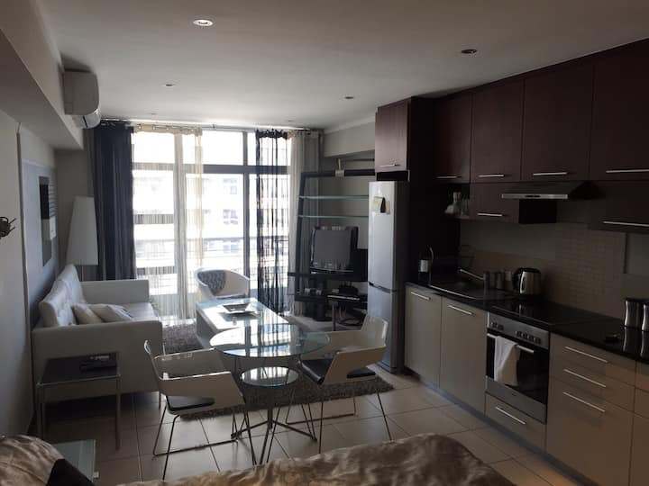 Upmarket Studio Icon Apartment