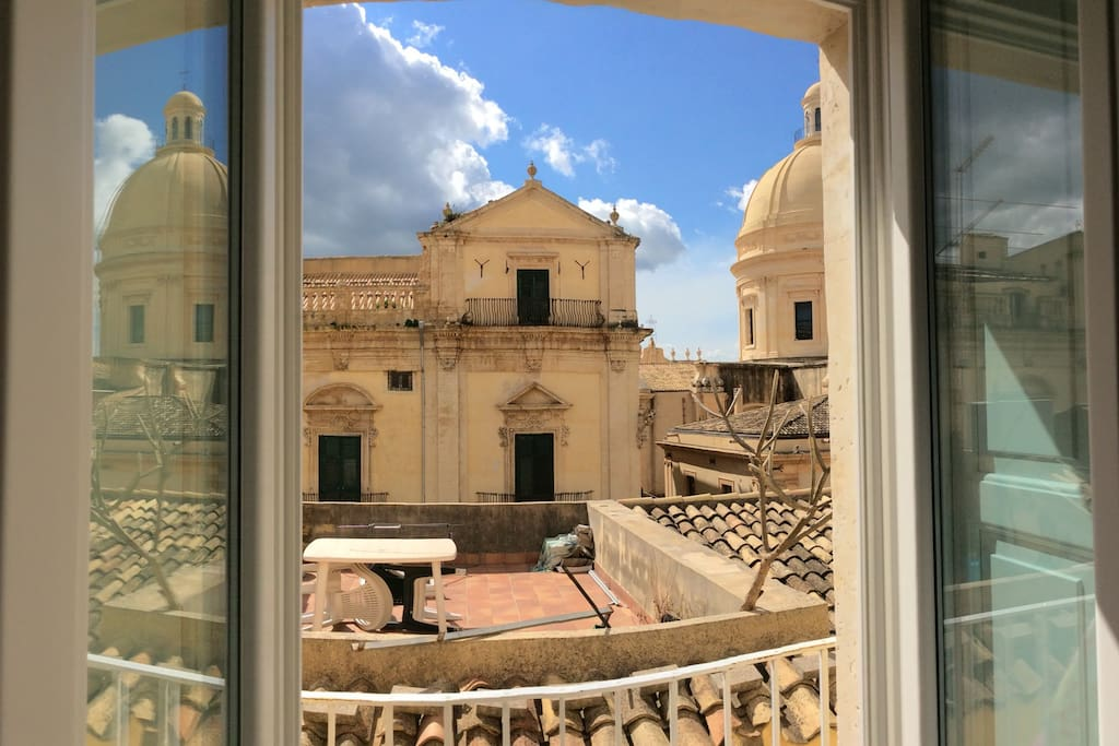 Vista dal balcone camera da letto