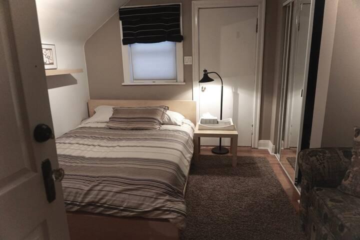 Bedroom Queen Size bed.