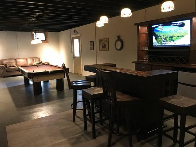 Bar and Pool Table