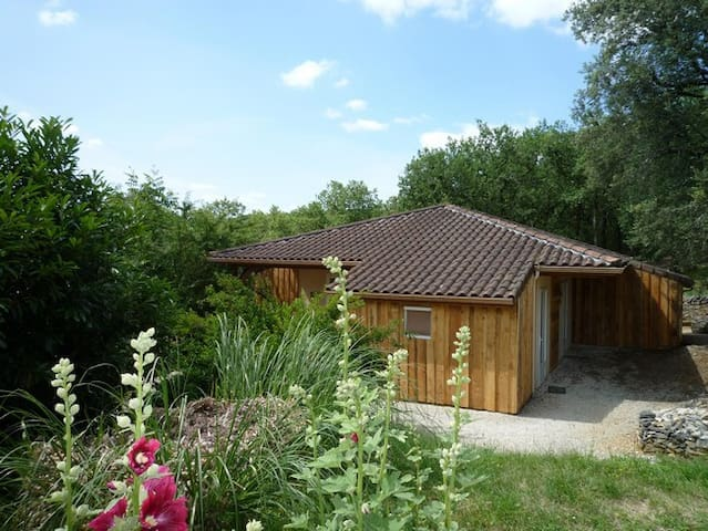 self catered cottages 4.6 pers - Saint-Denis-lès-Martel - Rumah
