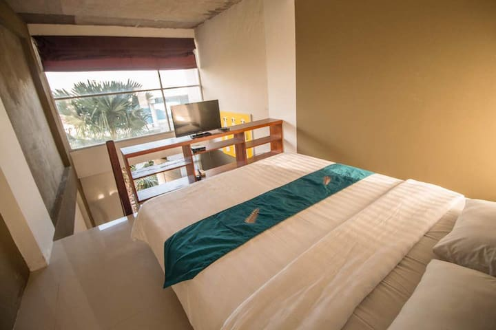 A Loft Apartment 8 w/ shared pool in Denpasar