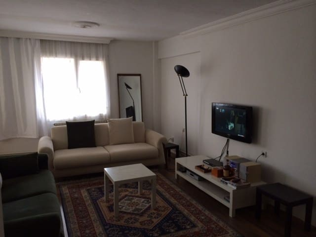 lovely , cozy private room in izmir - İzmir - Apartamento