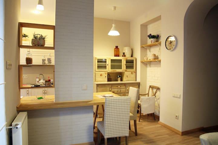 Charming and cozy apartment in Vake - Vake - Apartemen