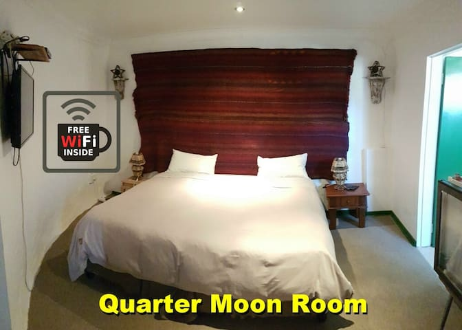 The Quarter Moon Room @ Purple House B and B