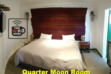 The Quarter Moon Room @ Purple House B and B