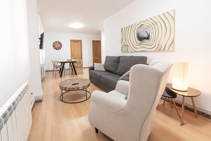 G Rentals Breton Apartment