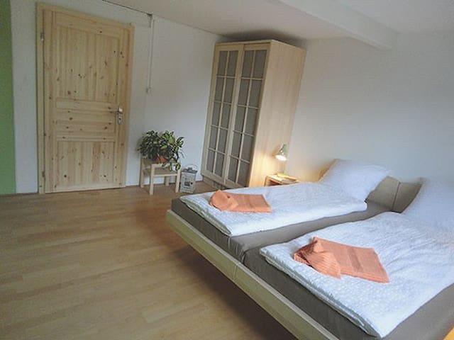 Komfortable Betten, damit Sie ausgeruht und frisch aufwachen.