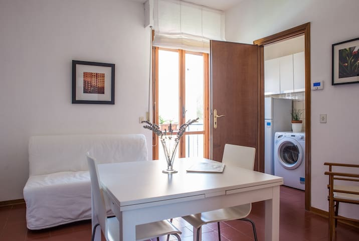 Two-room apartment close to Pisa city center - Pisa - Apartment