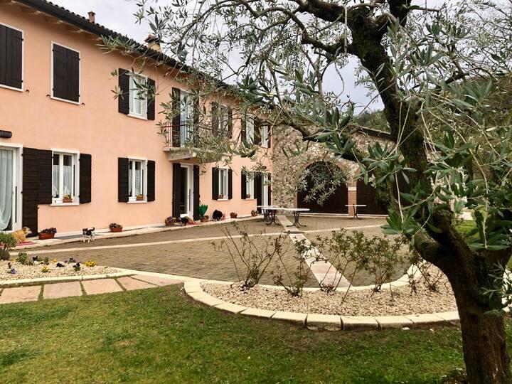 Appartamento ad Affi vicino a Bardolino