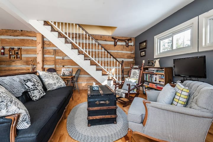 Settler's Loft + Hudson's Hideaway - Chatsworth - Appartement